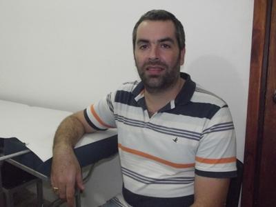 """Dr. Roberto Varela: """"Es fundamental  consultar ante los primeros síntomas"""""""
